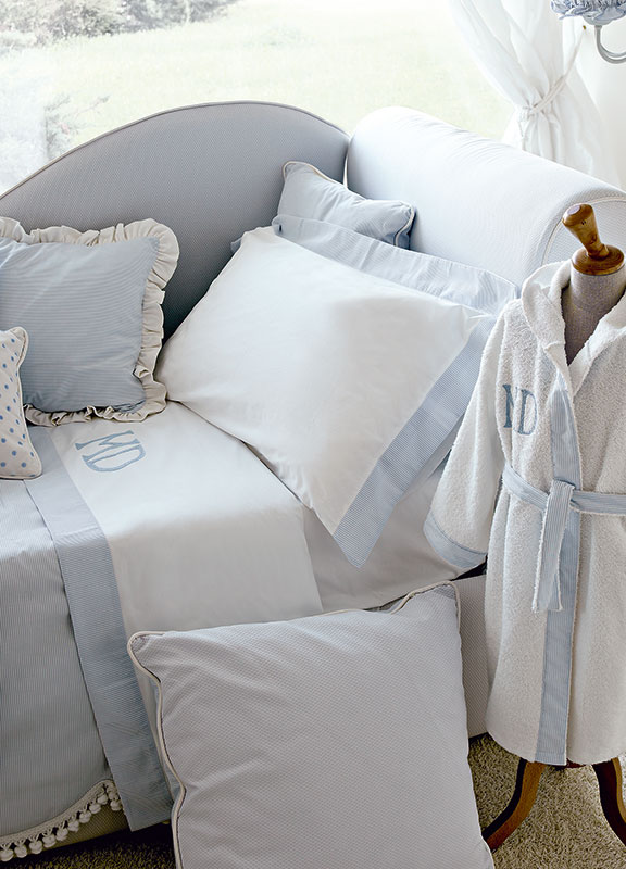 <strong>LC03-RIC02</strong> twin bed sheet set with coordinated smooth border, 