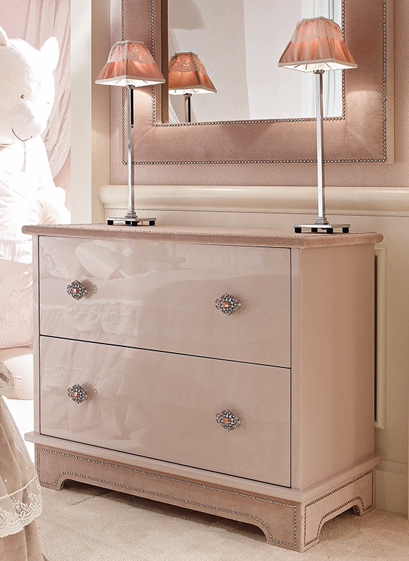 <strong>1570</strong> 2-drawer dresser with FR02 medium jewel knob