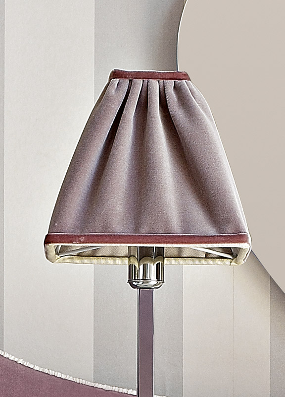 <strong>PAR18</strong> pyramid lampshade ruffled fabric