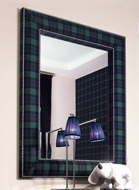 <strong>4033I</strong> small studded mirror