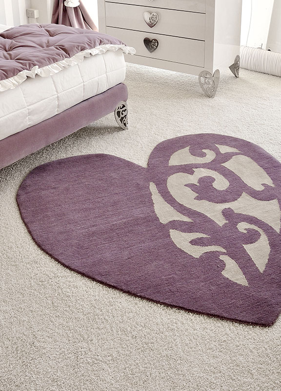 <strong>IL06</strong> small heart rug, lilac